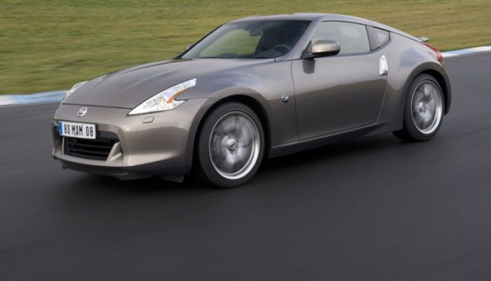 lld nissan 370z nissan 370z en lld location longue dur e nissan 370z. Black Bedroom Furniture Sets. Home Design Ideas